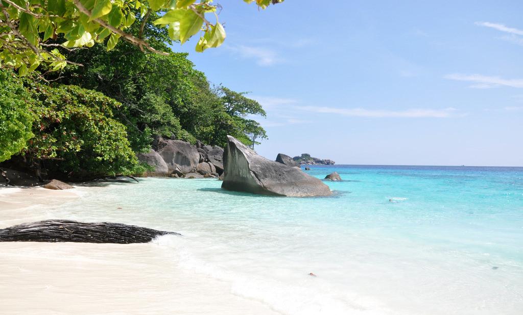 普吉岛和华欣岛对比